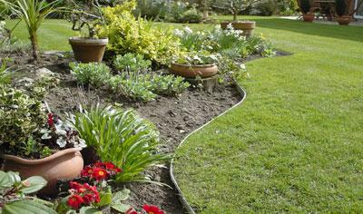 bordures de jardin comment les choisir et les poser dossier neoverda neoverda. Black Bedroom Furniture Sets. Home Design Ideas
